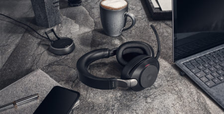 Jabra Evolve2 Series Lifestyle Image